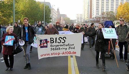 Demonstration A100 stoppen - Mit Fallobst gegen faule Politik