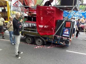 """Demo Fünf Jahre Bürgerentscheid """"Spreeufer für alle!"""" am 13.7.2013: Redebeitrag von Tobias Trommer vom Aktionsbündnis A100 stoppen! auf der Abschlusskundgebung"""