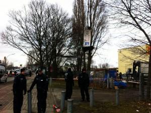 Polizei holt Aktivist/innen gegen A100 von den Bäumen