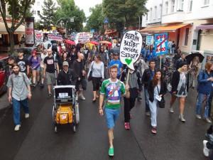 Spreedemo Berlin bleibt unsere Stadt! Gegen Mieterhöhung, Verdrängung und A100!