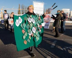 Protestaktion Lebensraum statt Autobahn! A100-Baustopp jetzt! Blockade der A100-Auffahrt Neukölln/ Grenzallee am 13.11.2016