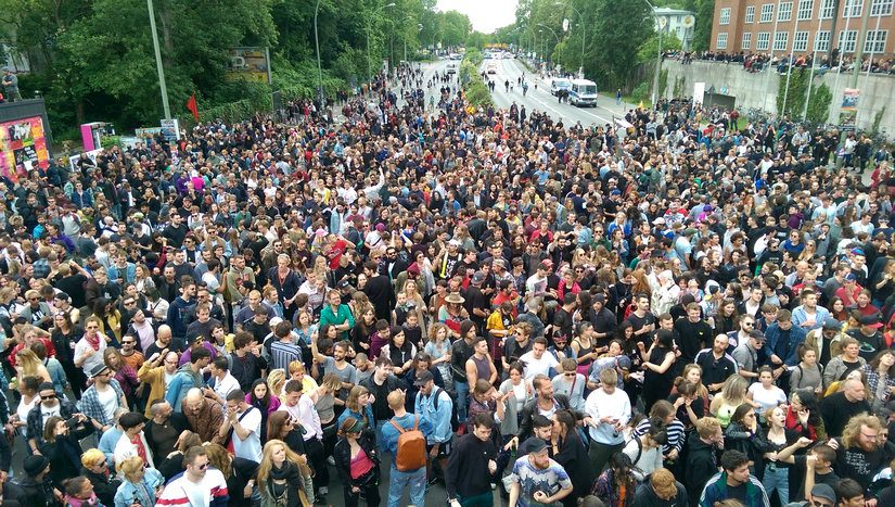 Unser A100 Protest-Rave: Bilder, Videos + Medienecho