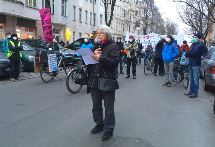 Redebeitrag Heidi A100stoppen Demo Ostkreuz